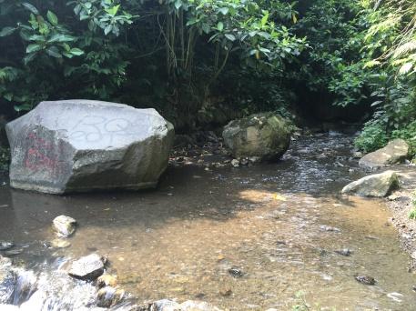 Aliran Sungai yang harus dilewati...