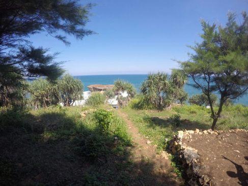 Jalan menuju pulau timang setelah turun ojek